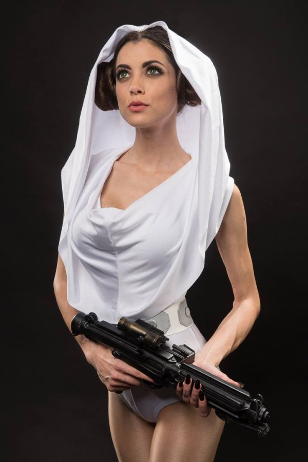 The hottest Star Wars Cosplays (Part II) - California Boobies