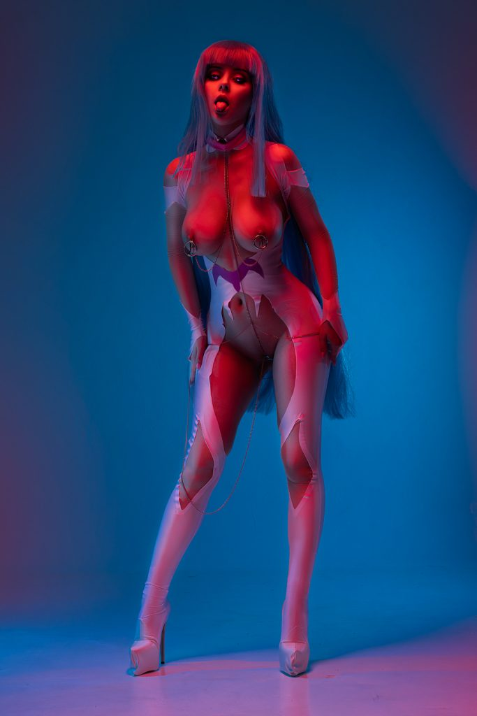 Nudes dishamonica Disharmonica Nude